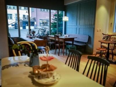 Kaffee Klatsch, Davos, Elvetia