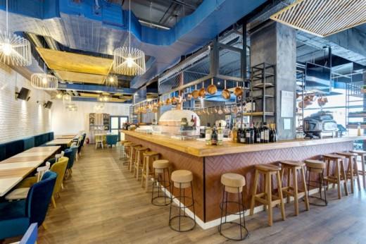 mobilier-restaurant-740x493