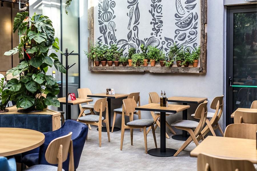 5-scaune-mese-din-lemn-pt-restaurante
