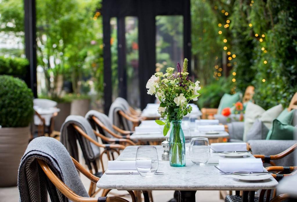 dallaway-terrace-paturi-terasa-scaune-restaurant
