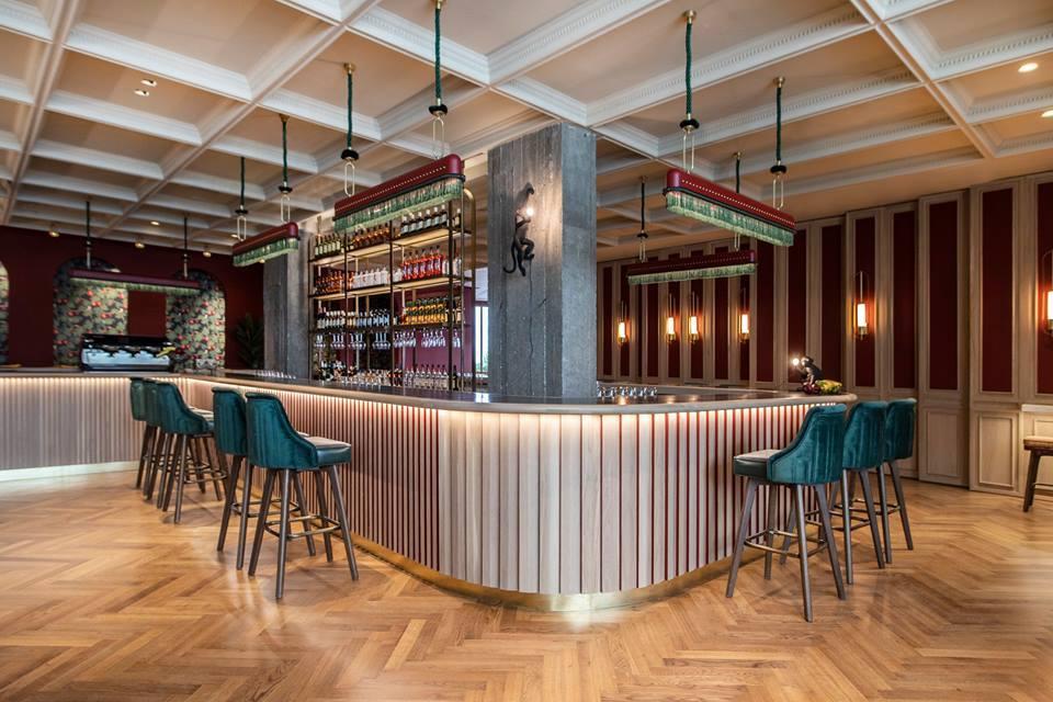 theatro-cafe-bar-restaurant-furniture